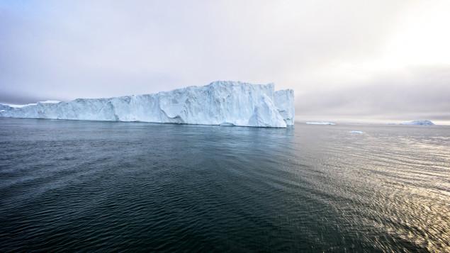 arctique-ocean-iceberg