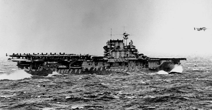 USS_Hornet_(CV-8)_launching_B-25B_bomber_during_the_Doolittle_Raid_on_18_April_1942_(80-G-41197)