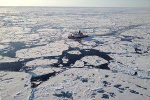polarstern-uber-dem-lomonossow-rucken